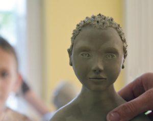 Adelheid Fuss - die Arbeit mit einem Aktmodell ermöglicht uns die Proportionen, eine bestimmte Pose und deren Stimmung plastisch festzuhalten.